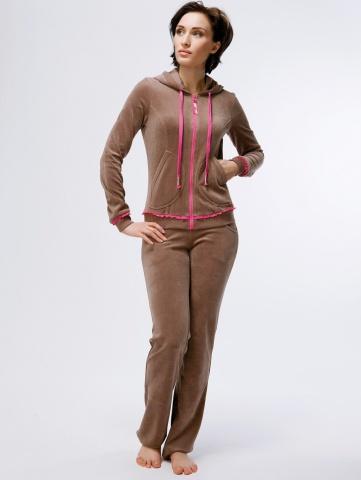 Женский домашний костюм из велюра